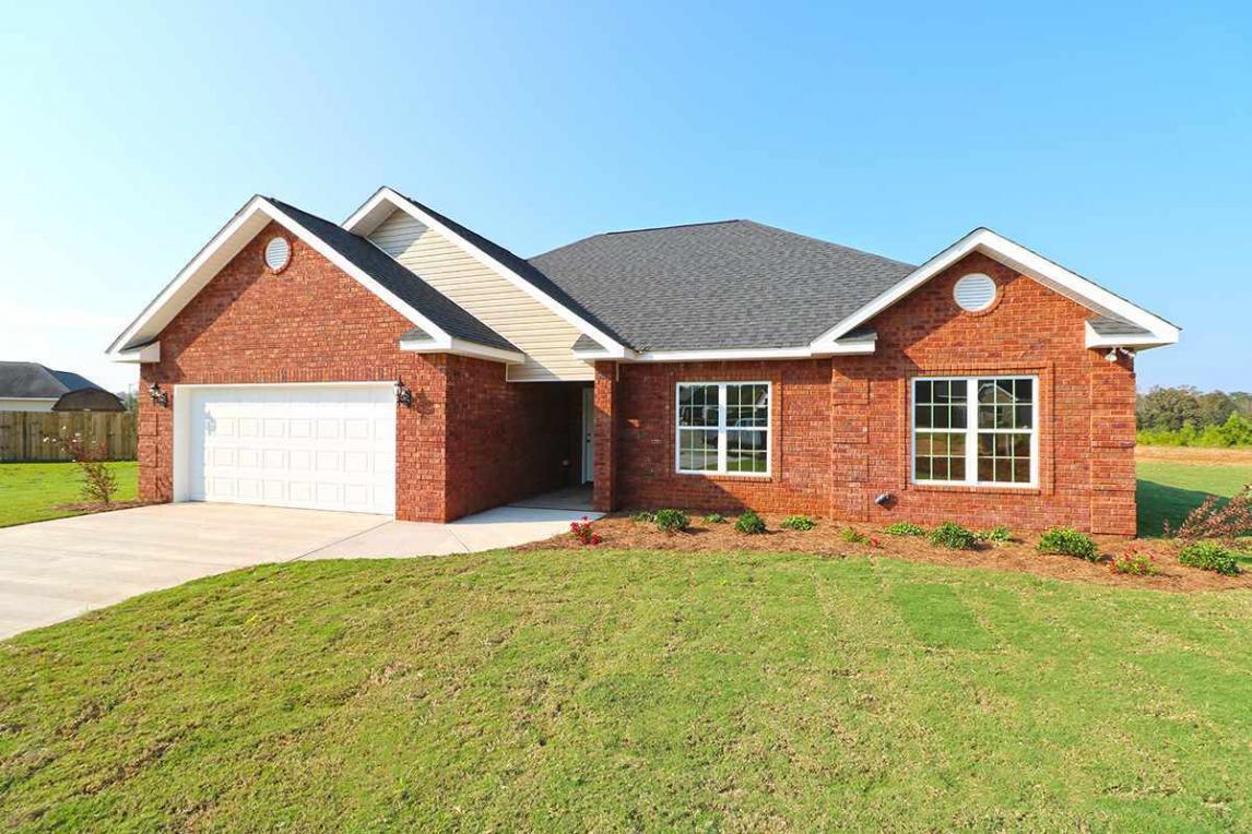 109 Brooke Court, Byron, GA 31008