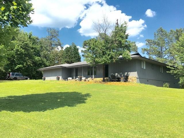 106 Lakeridge, Macon, GA 31211
