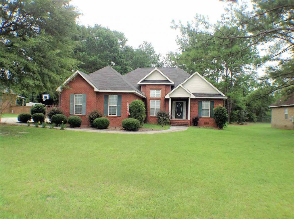 212 Quinelle, Perry, GA 31069