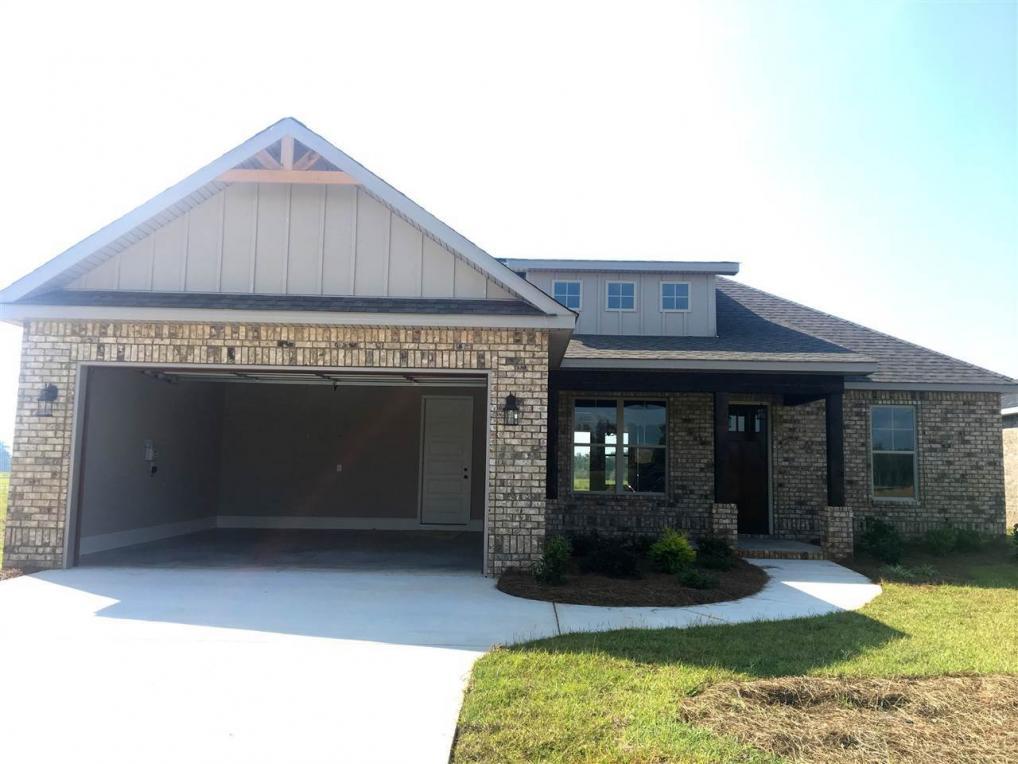 105 Barnyard, Perry, GA 31069