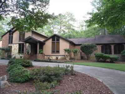 Photo of 1225 Bass Road, Macon, GA 31210