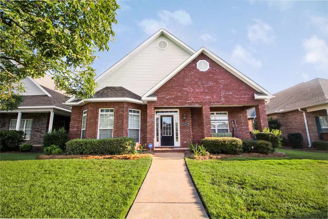 208 Jamestown, Centerville, GA 31028