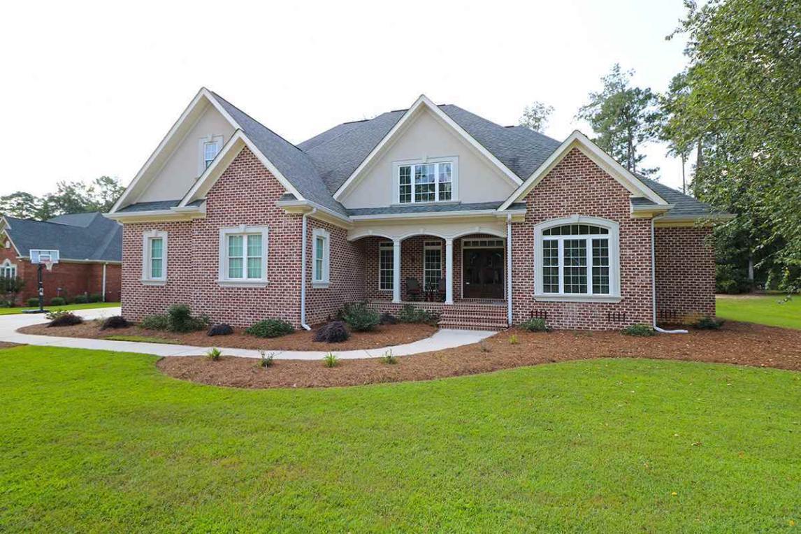108 Hampton, Warner Robins, GA 31088
