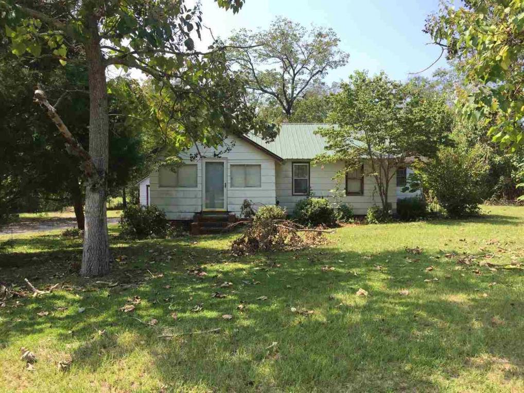 632 Eastman, Hawkinsville, GA 31036