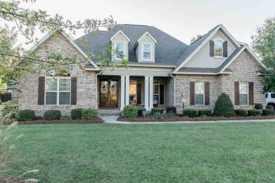 Photo of 217 Avondale Circle, Warner Robins, GA 31088