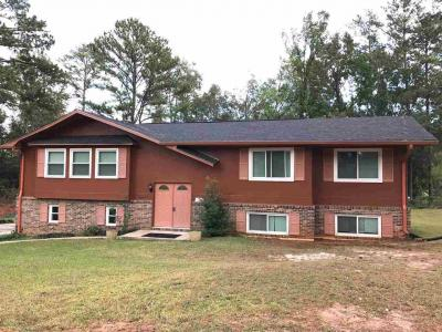 Photo of 294 Beverly, Fort Valley, GA 31030