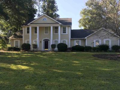 Photo of 240 Falcon Crest, Warner Robins, GA 31088