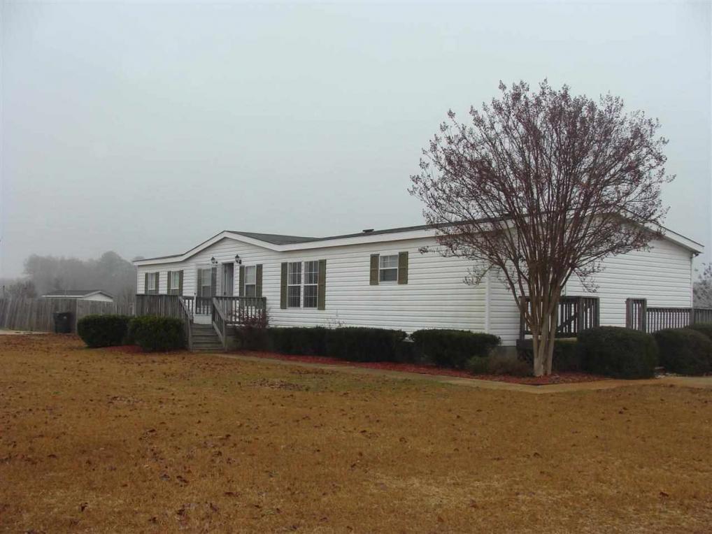 111 Hawks View, Kathleen, GA 31047