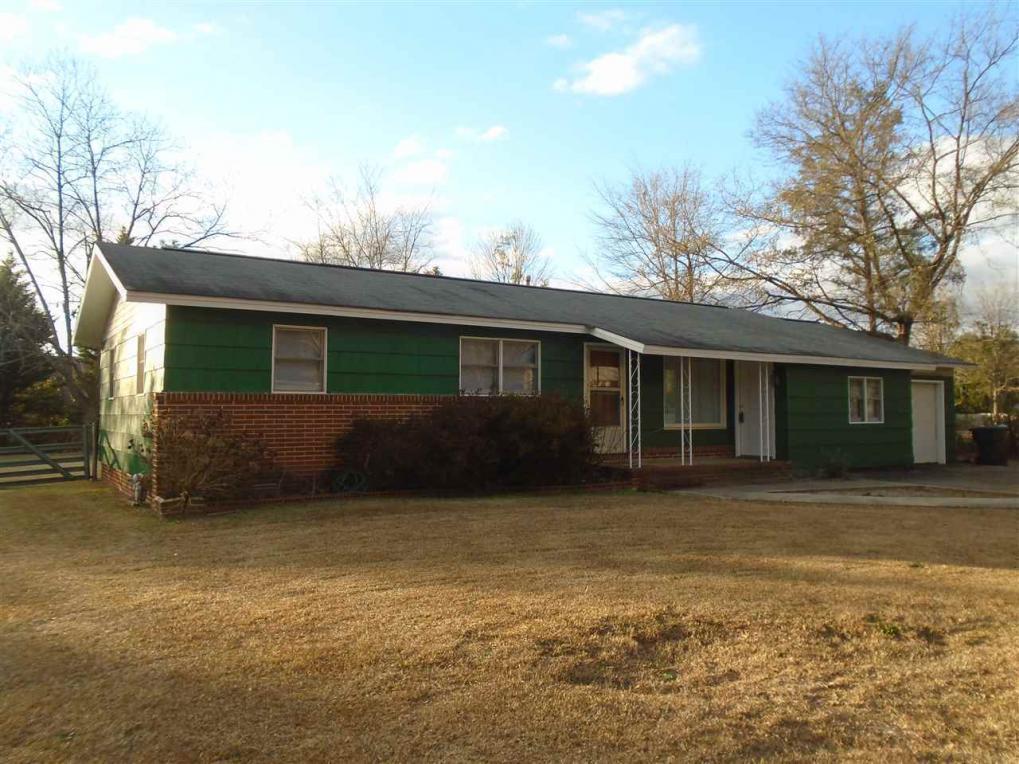 105 Lake, Warner Robins, GA 31088