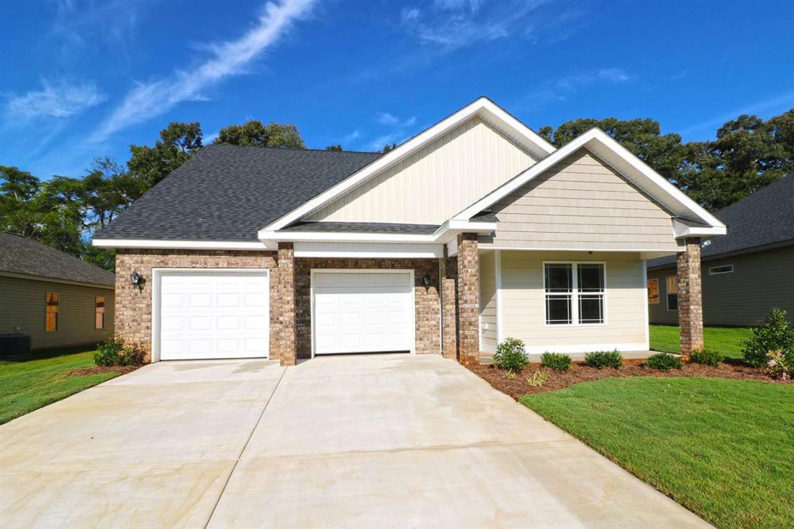 111 Hawks Ridge, Byron, GA 31008