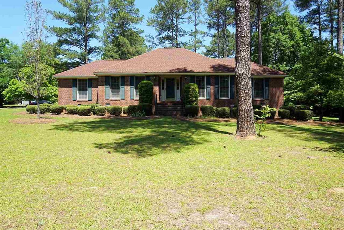 70 Sandy Springs Circle, Hawkinsville, GA 31036