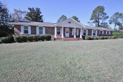 Photo of 105 Eldorado Ave, Centerville, GA 31028