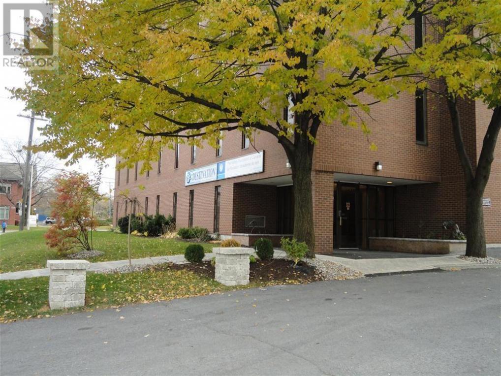 1376 Bank Street, Ottawa, Ontario K1H7Y3