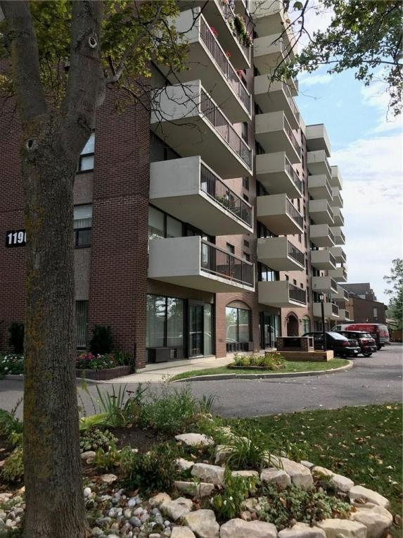1190 Richmond Road Unit#204, Ottawa, Ontario K2B8J3