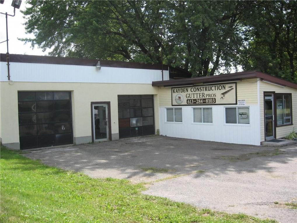7449 Roger Stevens Drive, Smiths Falls, Ontario K7A4S6