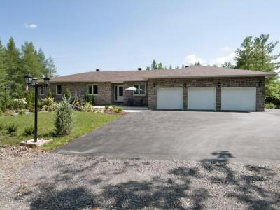 Photo of 2774 Mackey Road, Ottawa, Ontario K0A2T0