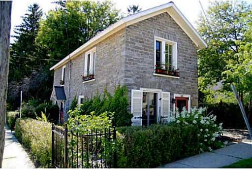 305 Centre Street, Prescott, Ontario K0E1T0