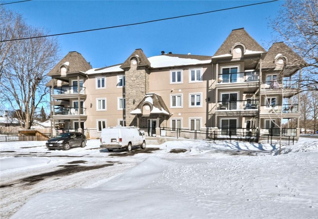 2 Warner Street Unit#104, Russell, Ontario K4R0B4