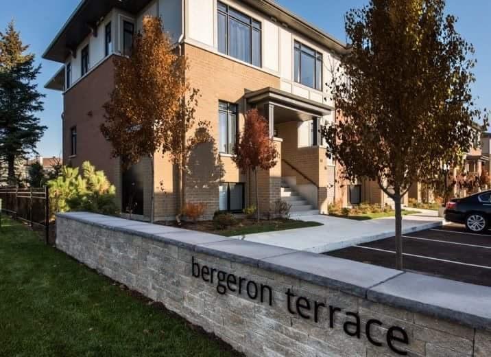 5911 Meadowglen Drive, Ottawa, Ontario K1C5Z7