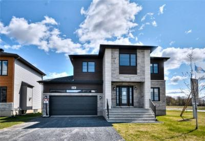 Photo of 423 Provence Avenue, Embrun, Ontario K0A1W0