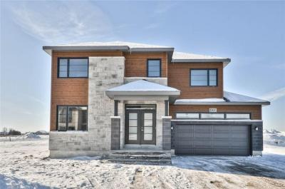 Photo of 14 Brickyard Drive, Russell, Ontario K4R1A1