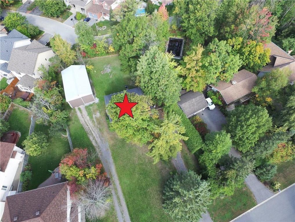 96 Kenins Crescent, Ottawa, Ontario K2K3E5