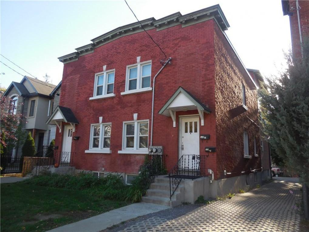 572 Chapel Street, Ottawa, Ontario K1N7Z8