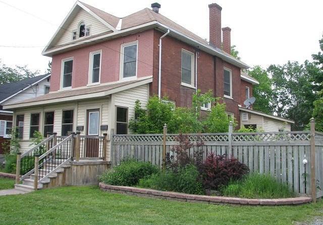 143 Elmsley Street N, Smiths Falls, Ontario K7A5K2