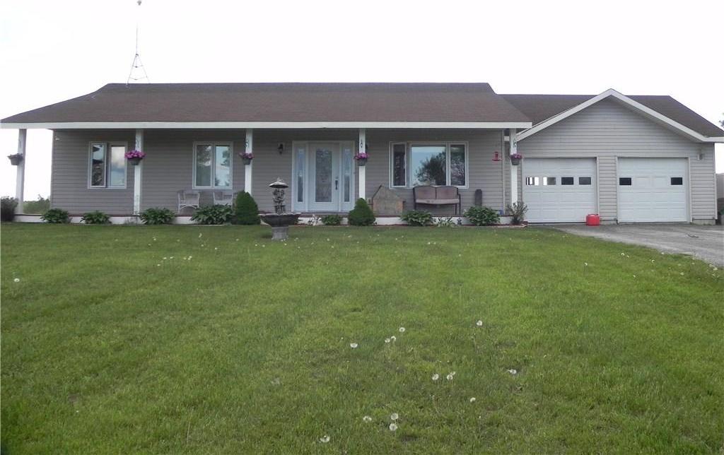 427 Pioneer Road, Merrickville, Ontario K0G1N0