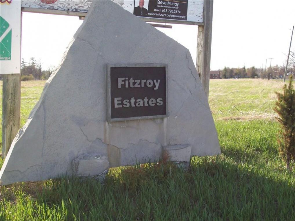 L17-76 Learmonth Avenue, Fitzroy Harbour, Ontario K0A1X0
