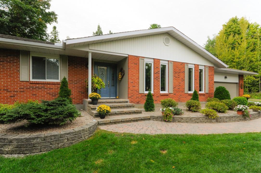 24 Woodridge Court, Arnprior, Ontario K0A1G0