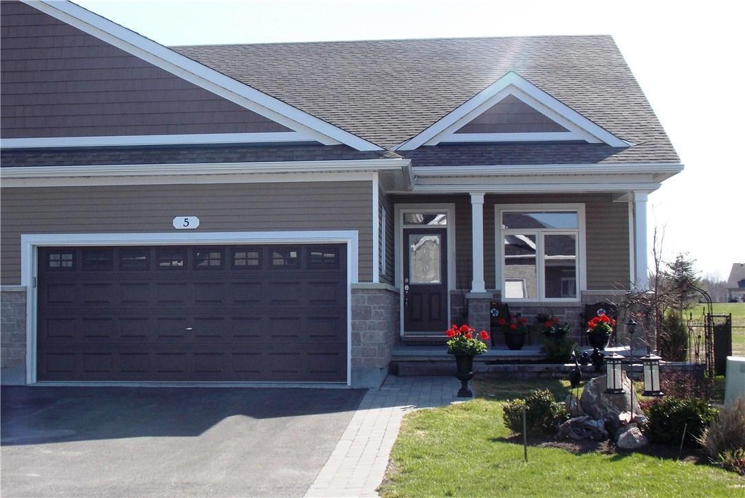 5 Royalty Way, Kemptville, Ontario K0G1J0