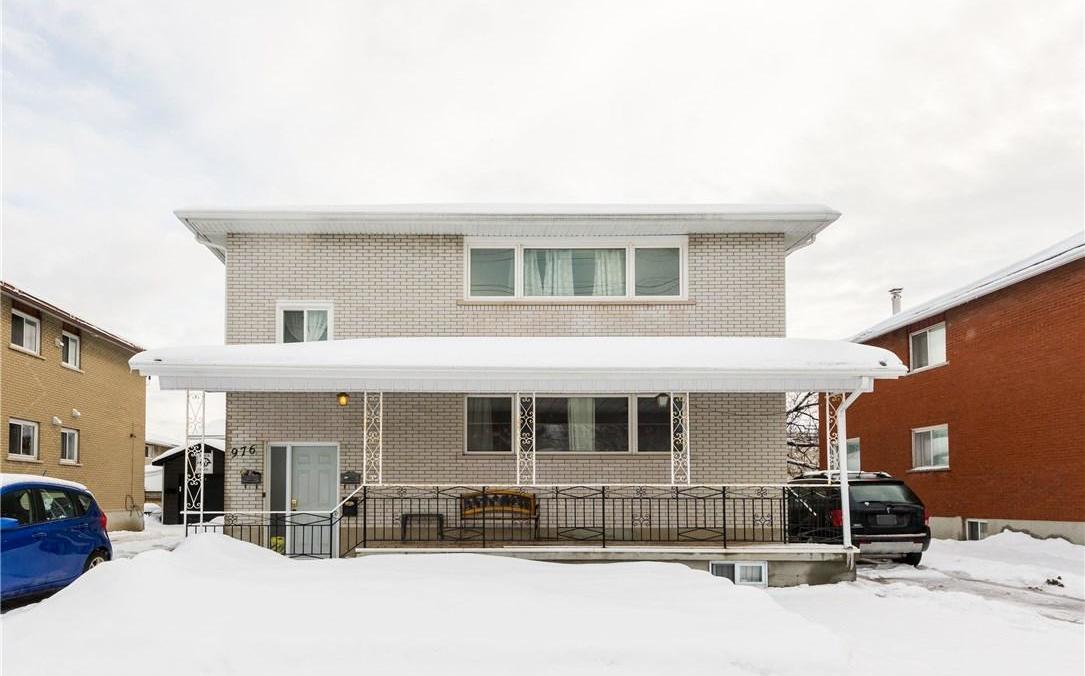 976 Dynes Road, Ottawa, Ontario K2C0G8
