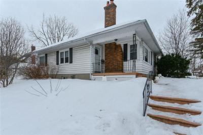 Photo of 2127 Alta Vista Drive, Ottawa, Ontario K1H7L7