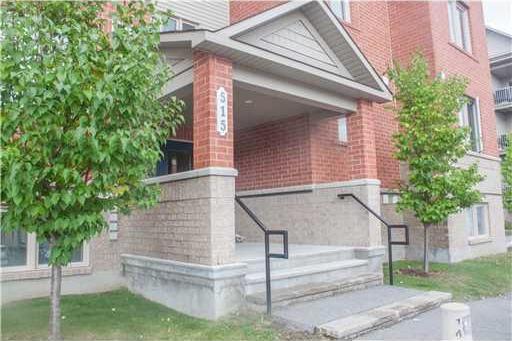 515 Stonefield Private Unit#1, Ottawa, Ontario K2G4R4