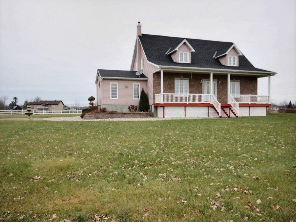 6926 County 17 Road, Wendover, Ontario K0A3K0