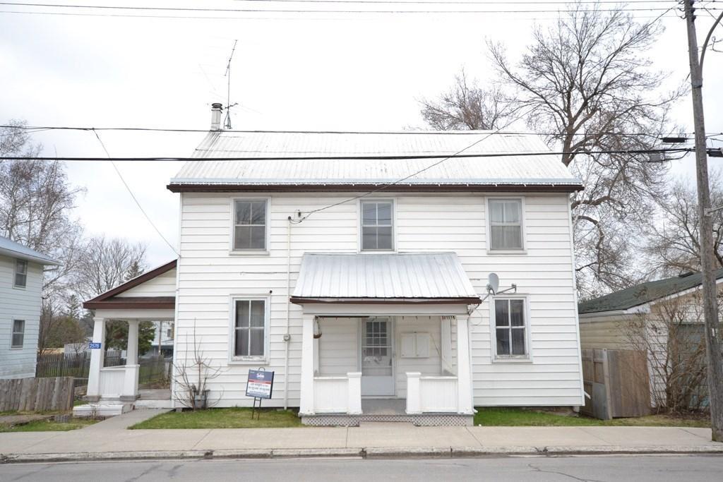 2576 County 29 Road, Pakenham, Ontario K0A2X0