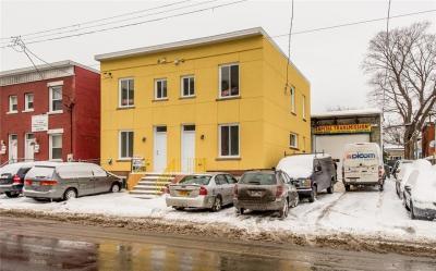 Photo of 447-449 Catherine Street, Ottawa, Ontario K1R5T7