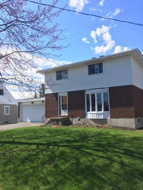 1604 Claymor Avenue, Ottawa, Ontario K2C1T3