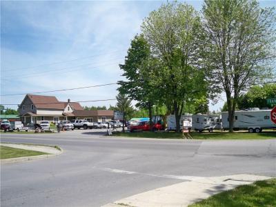 Photo of 359 Franktown Road, Carleton Place, Ontario K7C2N4