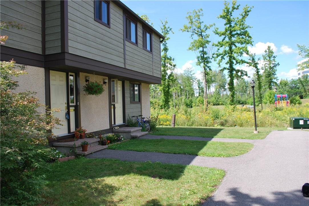 1673 Meadowbrook Road, Ottawa, Ontario K1B4W6