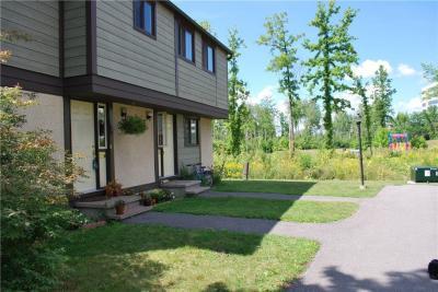Photo of 1673 Meadowbrook Road, Ottawa, Ontario K1B4W6