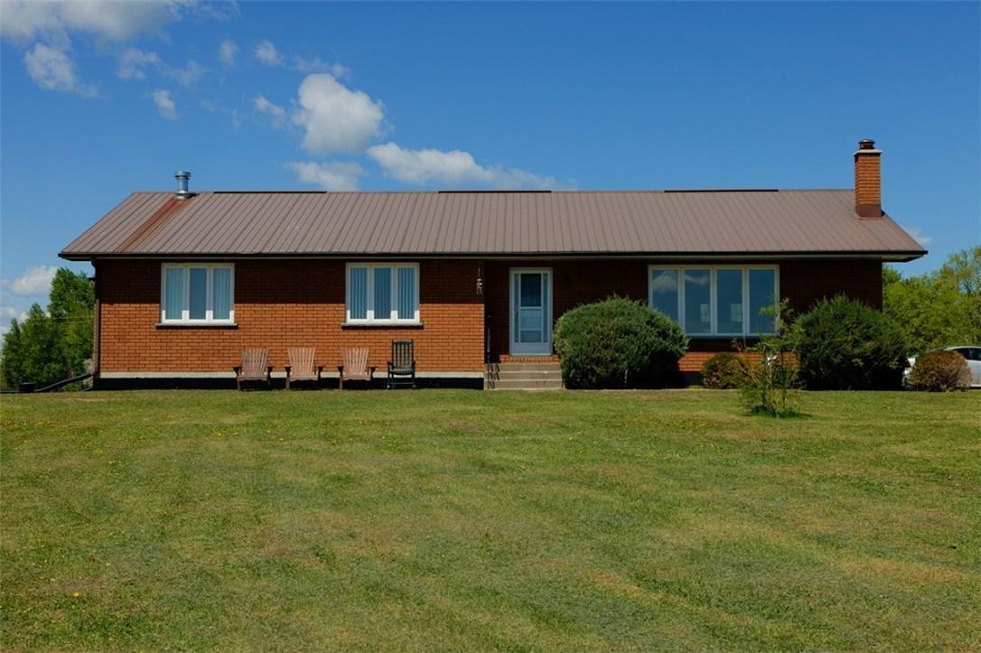 935 Constant Lake Road, Eganville, Ontario K0J1T0