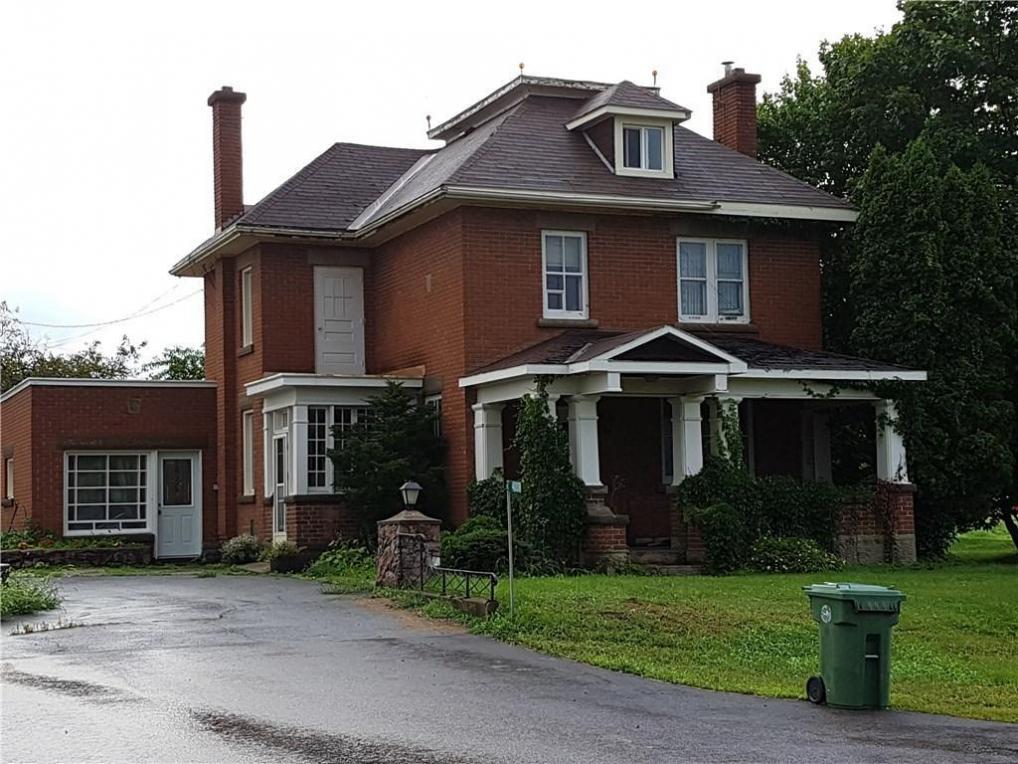 40018 Highway 41 S, Pembroke, Ontario K8A6W5