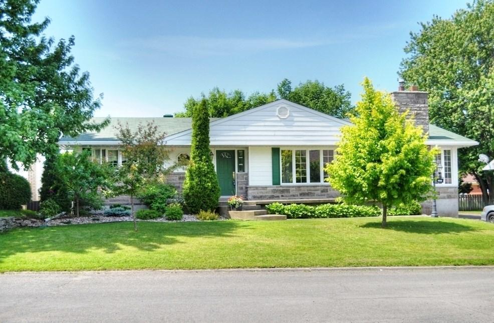 444 Lafleche Road, Hawkesbury, Ontario K6A1M9