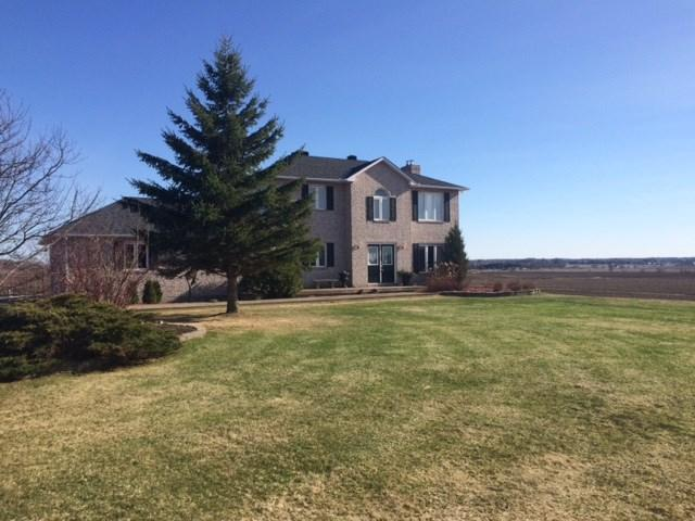 2712 Duquette Road, Clarence Creek, Ontario K0A1N0