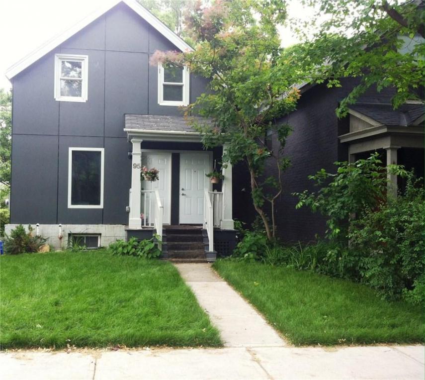 95 Harvey Street, Ottawa, Ontario K1S0A8