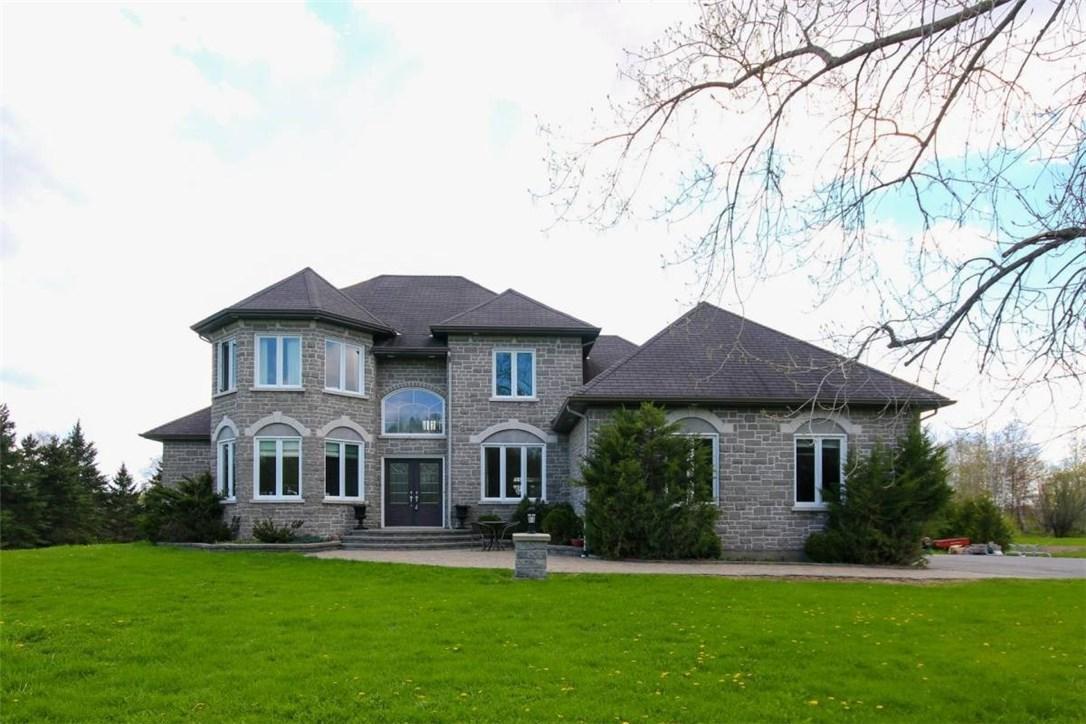 4785 Whispering Willow Drive, Navan, Ontario K4B1J1