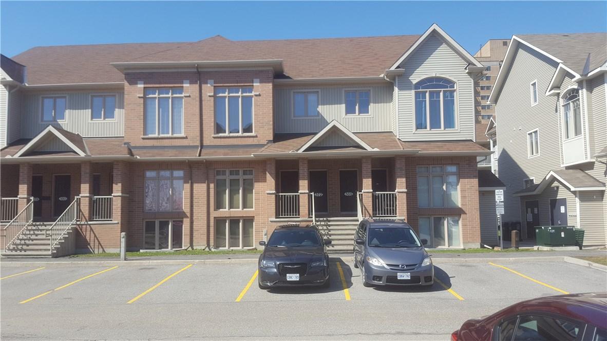 572 Reardon Private, Ottawa, Ontario K1V2L1