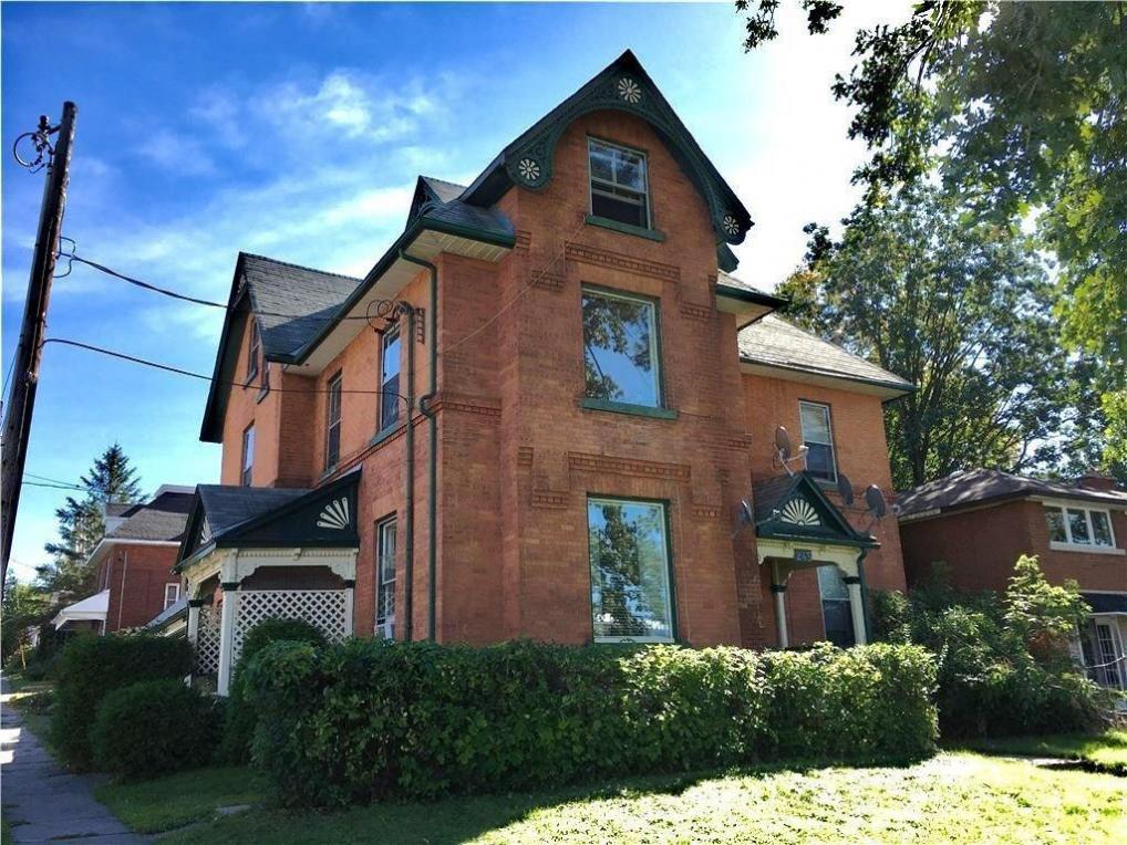 245 Mackay Street, Pembroke, Ontario K8A1C4